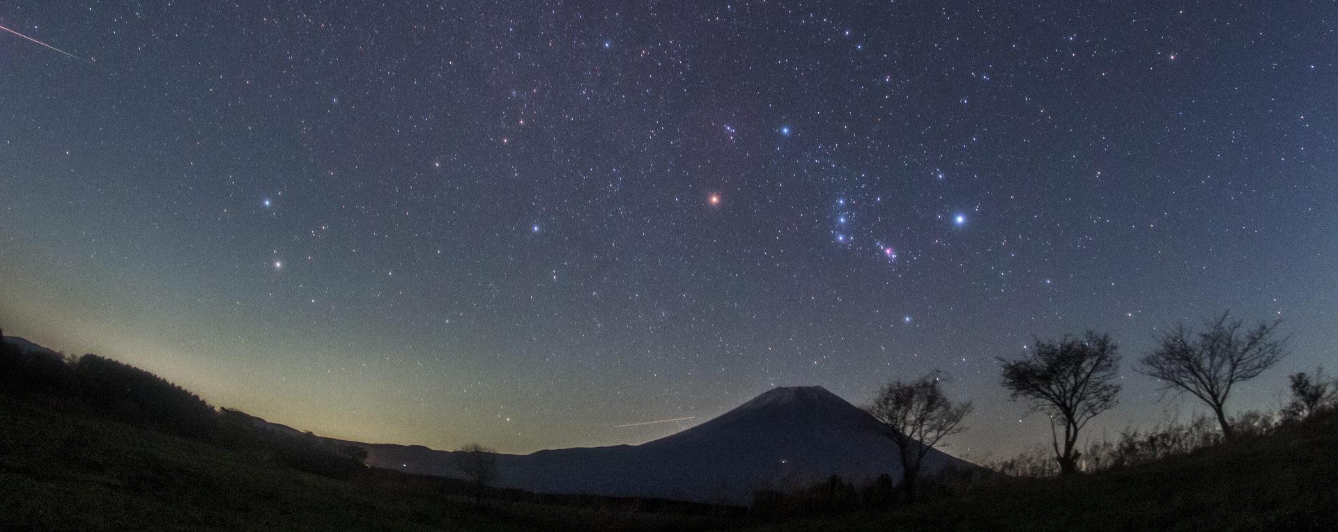 星空のある風景タイムラプス「三日月ロックⅤ」